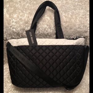 Steve Madden Bags - Steve Madden XL BLK/WHT BMASON Nylon Quilted Tote
